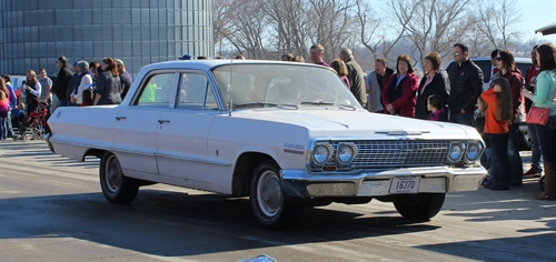 092 cropped_resized_1963_Chevy
