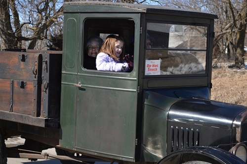 1927 Ford_TT_truck_owned_by_Jason_Newby
